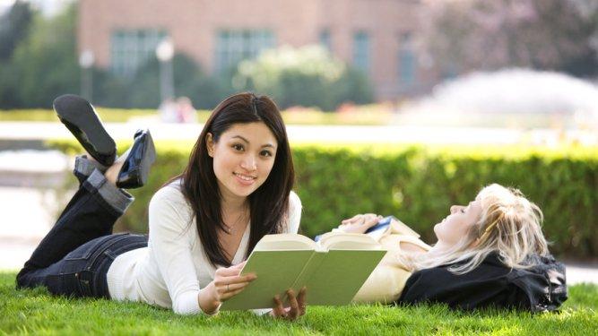 Ventajas y desventajas de los cursos intensivos de inglés